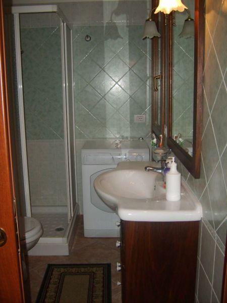 salle de bain 1 Location Villa 116186 Villasimius