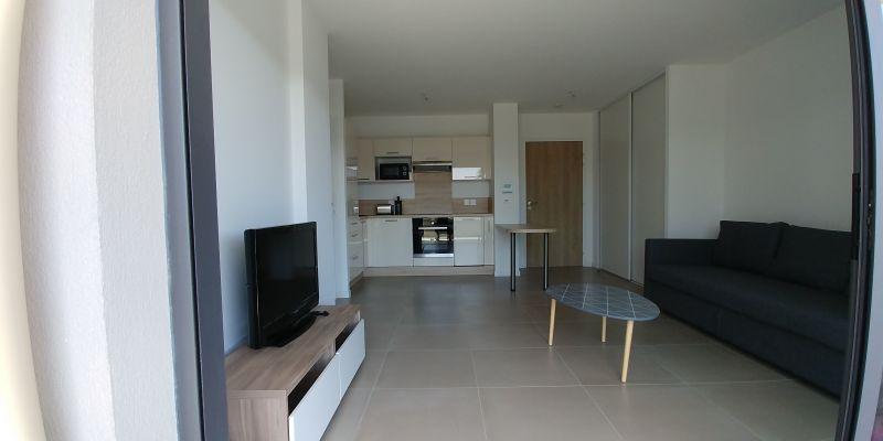 Vue de la terrasse Location Appartement 116212 Antibes