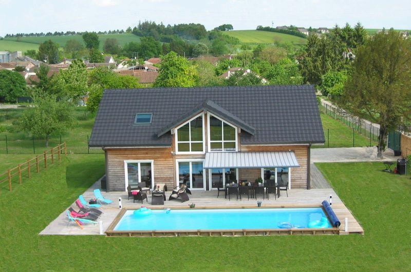 Vue extérieure de la location Location Villa 116677 Troyes