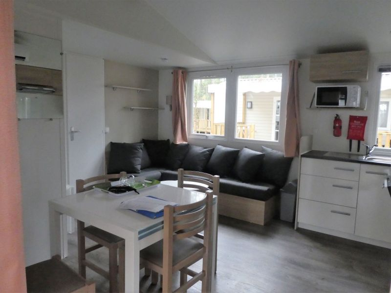 Salon Location Mobil-home 117792 Saint-Julien-en-Born