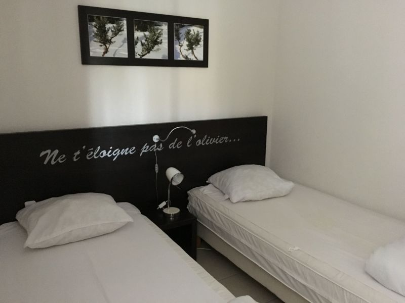 chambre Location Appartement 118373 Azille