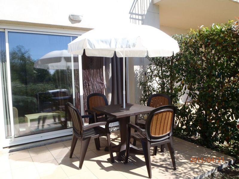 Terrasse Location Appartement 118373 Azille