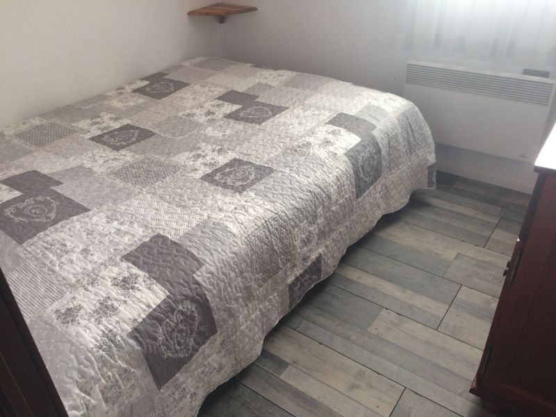 chambre Location Appartement 65983 Bernex