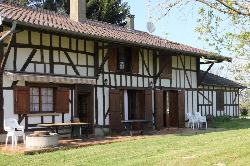 Location Gite 72063 Colombey-les-Deux-Églises