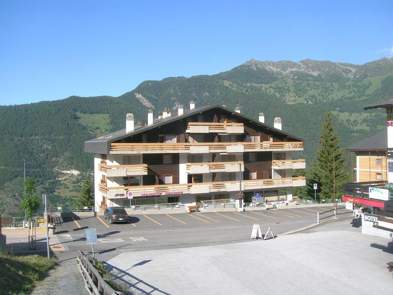 Vue extérieure de la location Location Appartement 74081 La Tzoumaz