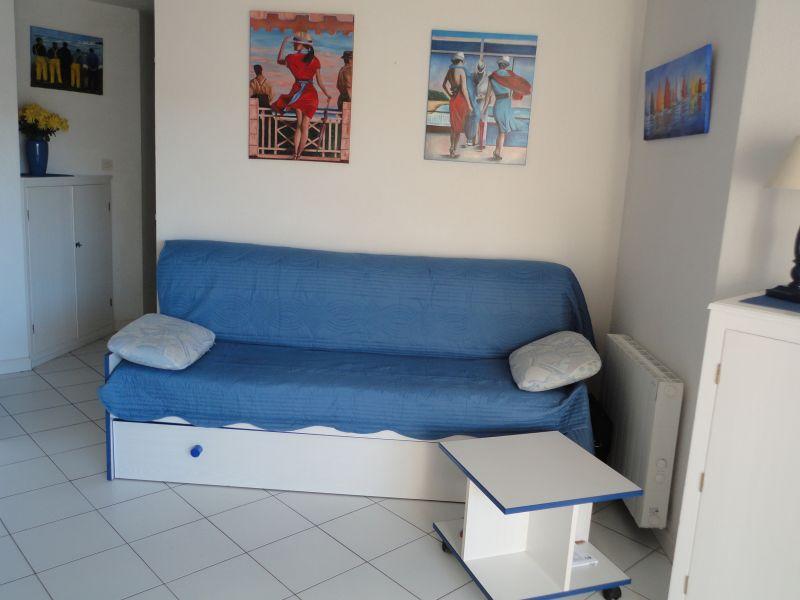 Séjour Location Appartement 77047 Sete