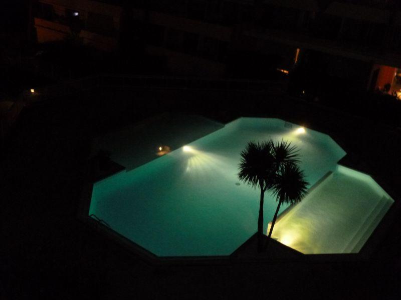 Piscine Location Appartement 77047 Sete