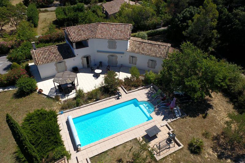 Vue extérieure de la location Location Villa 83534 Anduze