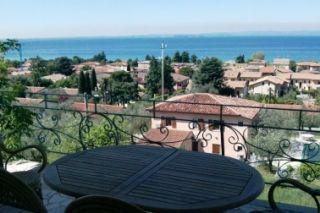 Vue de la terrasse Location Appartement 87118 Bardolino