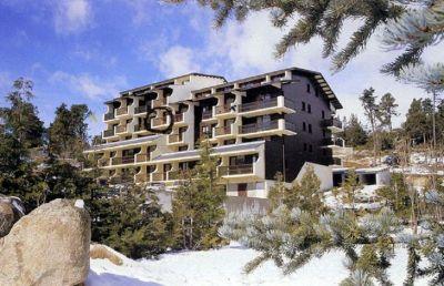 Vue ext�rieure de la location Location Appartement 92023 Font Romeu