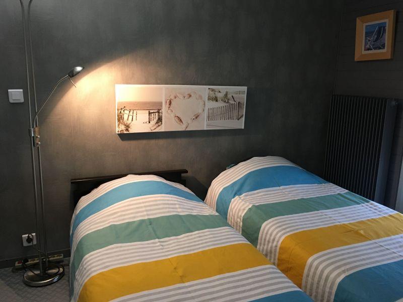 chambre 2 Location Appartement 92826 Luc sur Mer