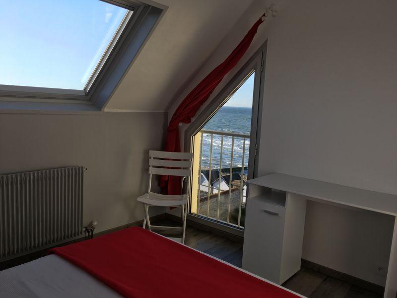 chambre 1 Location Appartement 92826 Luc sur Mer