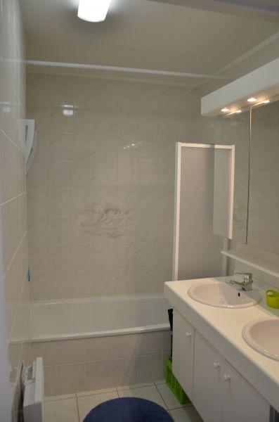 salle de bain Location Appartement 93449 Bray-Dunes