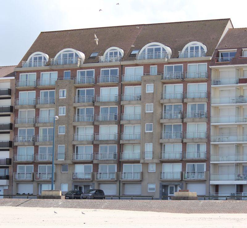 Vue extérieure de la location Location Appartement 93449 Bray-Dunes