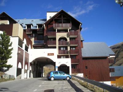 Vue extérieure de la location Location Studio 100534 Les 2 Alpes