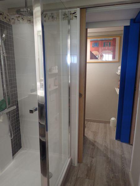 salle de bain Location Maison 100590 La Londe les Maures