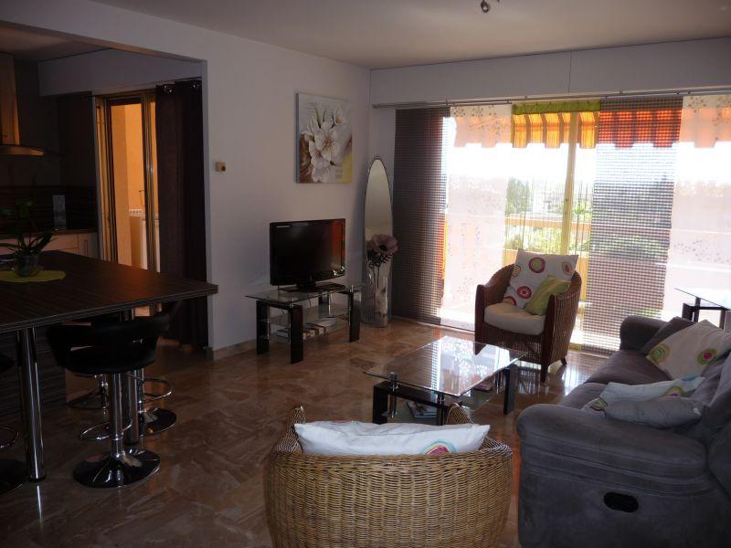 Location Appartement 107349 Mandelieu la Napoule