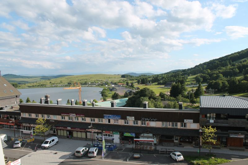 Vue de la terrasse Location Appartement 110140 Besse - Super Besse