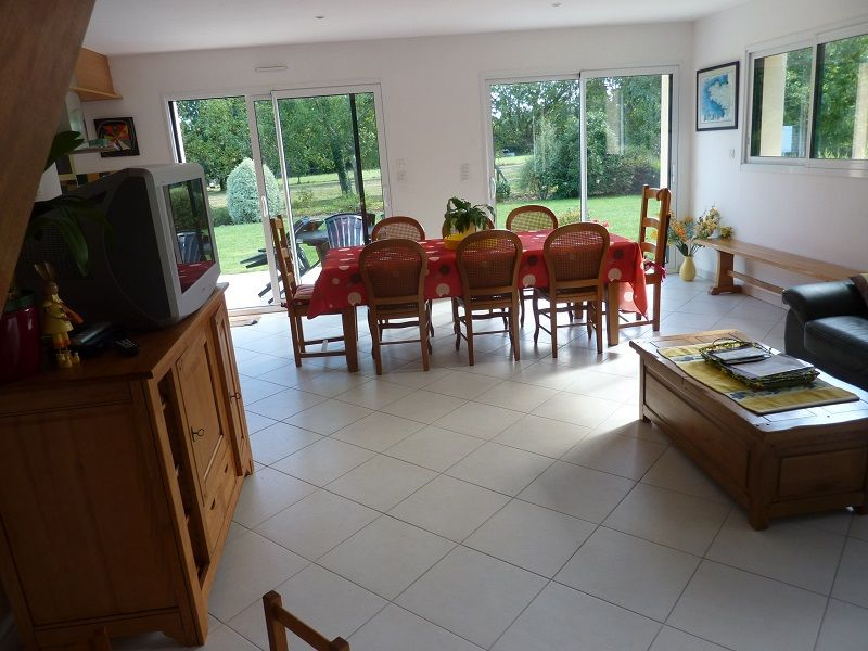 Salon Location Maison 112652 Fouesnant