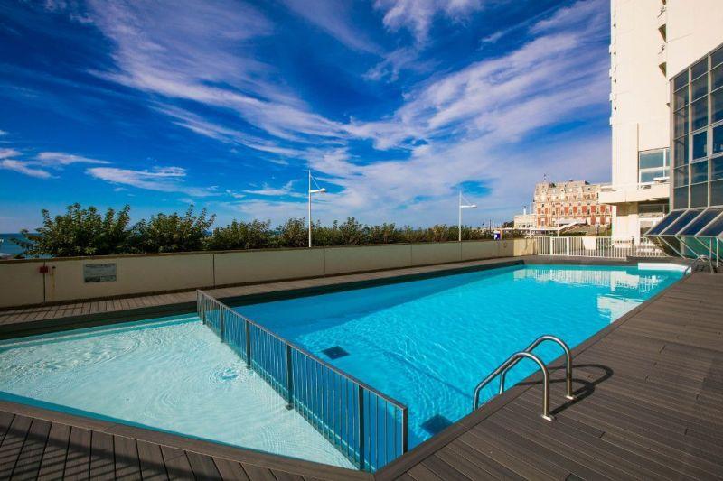 Piscine Location Appartement 112838 Biarritz