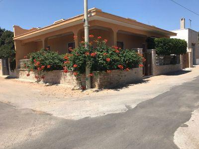 Vue extérieure de la location Location Appartement 113701 Porto Cesareo