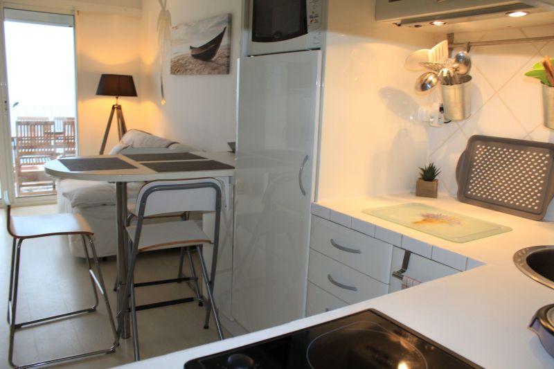 Cuisine d'été Location Studio 114751 Sanary