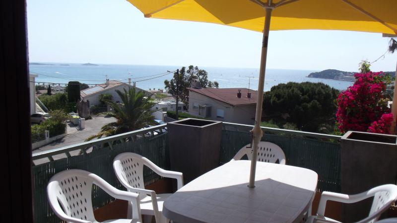 Vue du balcon Location Appartement 116725 Sanary