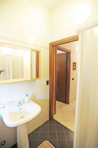 salle de bain Location Appartement 117213 Rio nell'Elba