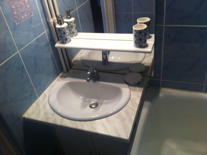 salle de bain Location Studio 73671 Les Carroz d'Araches