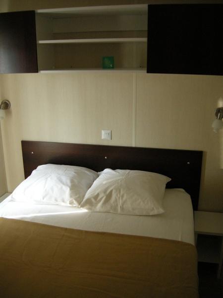 chambre 1 Location Mobil-home 77840 Hyères