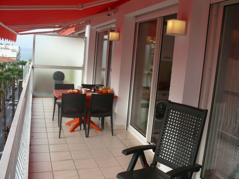 Vue de la terrasse Location Appartement 78148 Juan les Pins