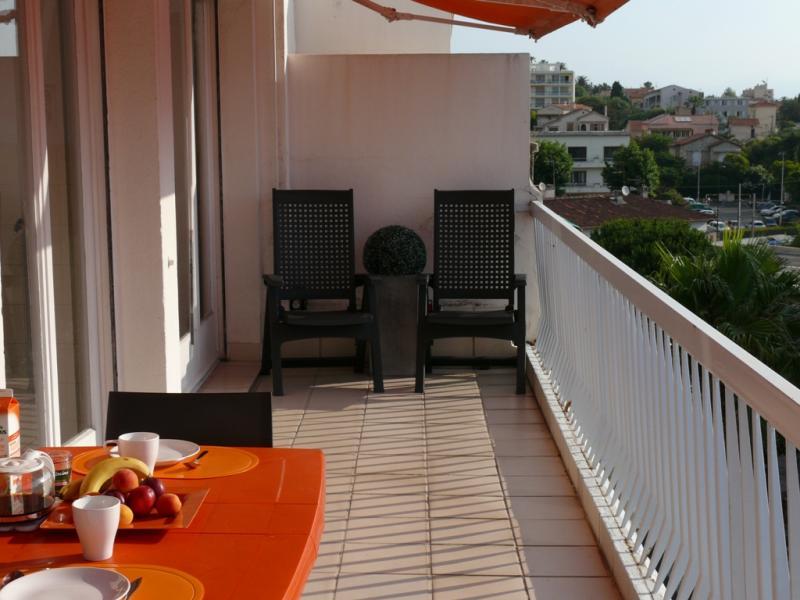 Terrasse Location Appartement 78148 Juan les Pins
