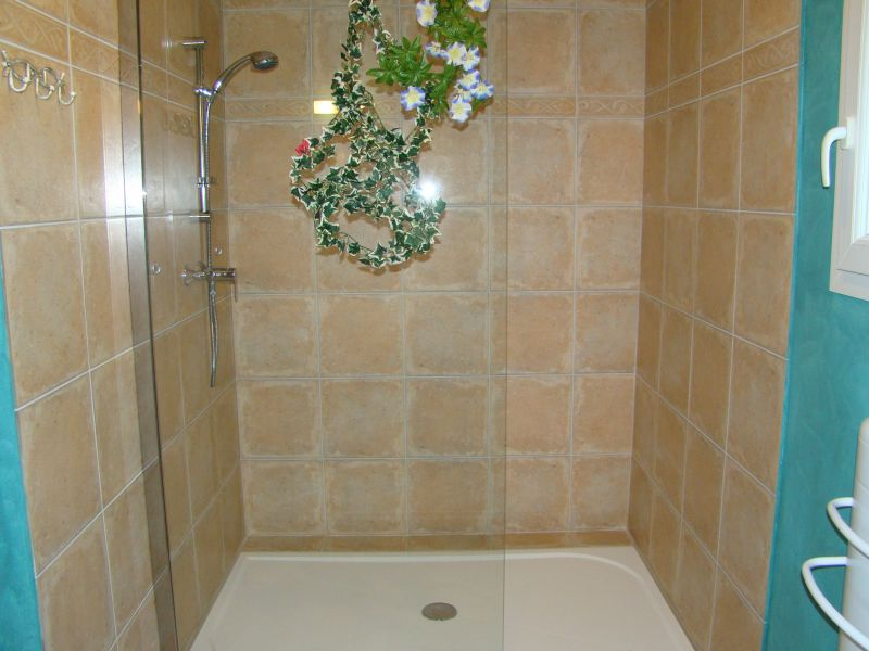 Salle d'eau 2 Location Villa 79457 Propriano
