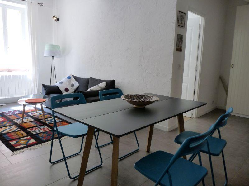 Salon Location Appartement 79579 Antibes