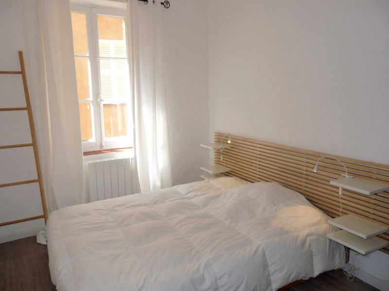 chambre Location Appartement 79579 Antibes