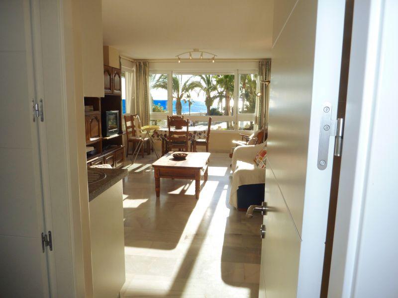 Entrée Location Appartement 84780 Nerja