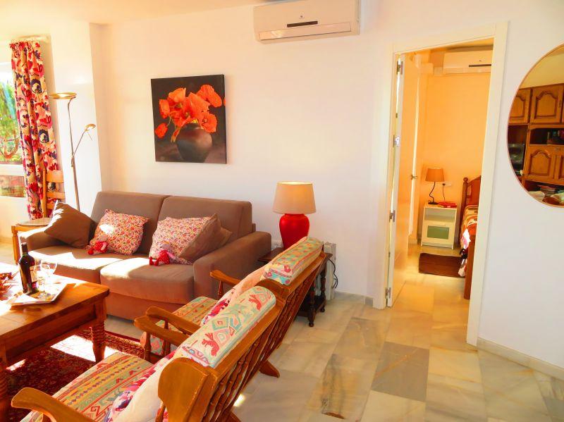 Séjour Location Appartement 84780 Nerja