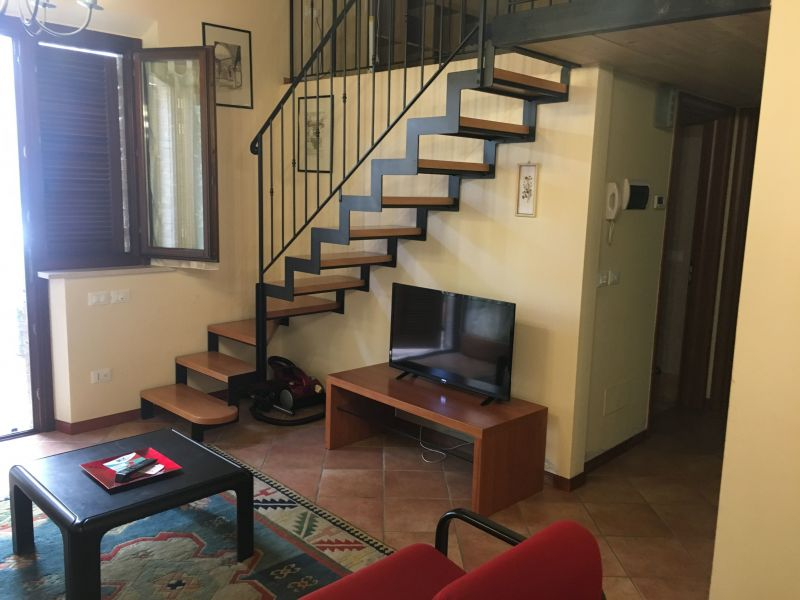 Location Appartement 87986 Marotta