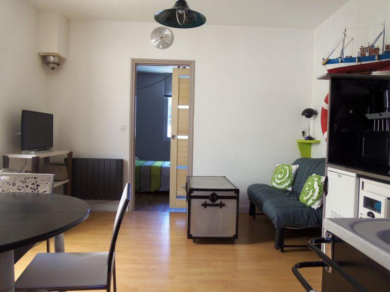 Salon 1 Location Maison 89024 Saint Malo