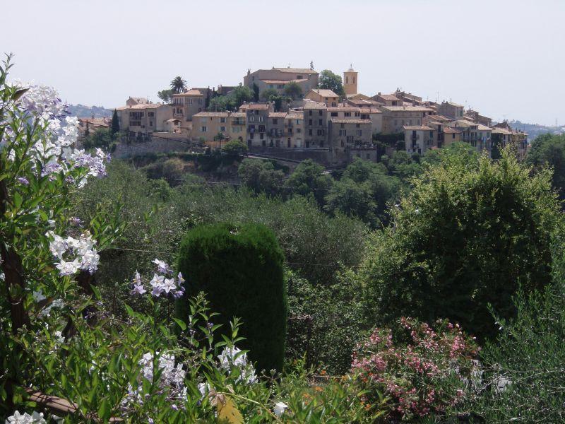 Vue de la terrasse Location Villa 92098 Nice