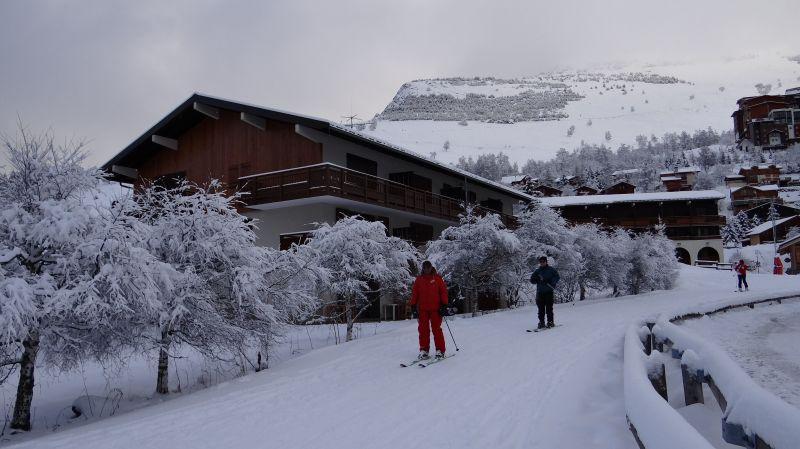 Vue extérieure de la location Location Appartement 93391 Les 2 Alpes