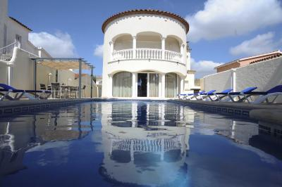 Piscine Location Villa 94112 Empuriabrava