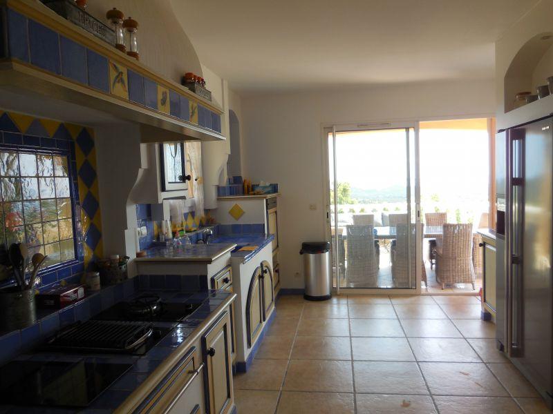 Cuisine indépendante Location Villa 98154 Hyères