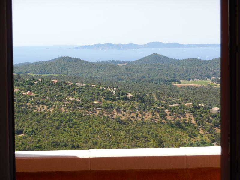 Vue depuis la location Location Villa 98154 Hyères