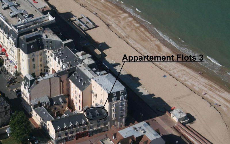 Vue extérieure de la location Location Appartement 98323 Cabourg
