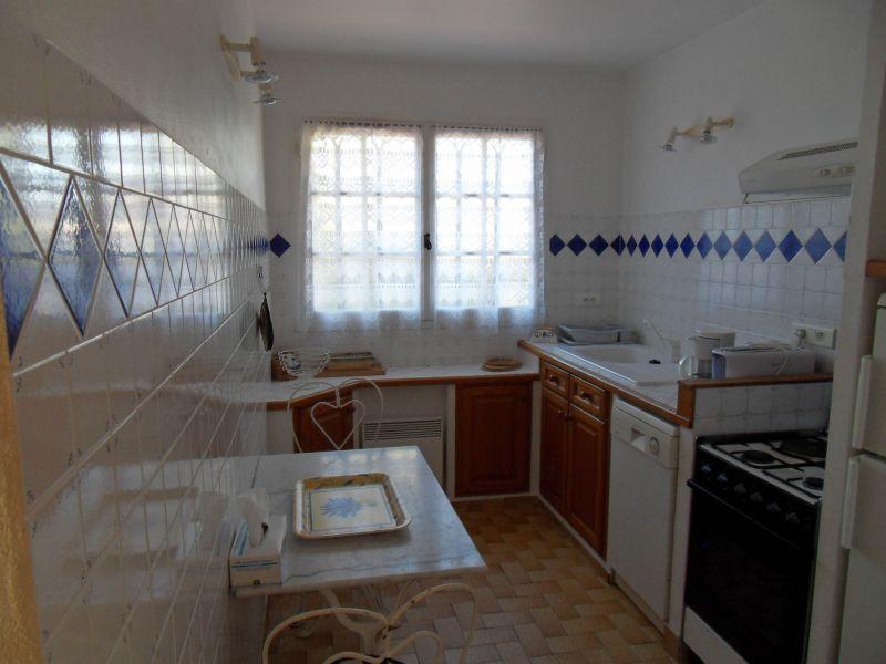 Cuisine indépendante Location Appartement 102544 Saint Raphael