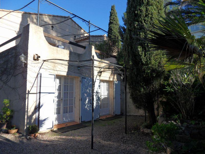 Entrée Location Appartement 102544 Saint Raphael