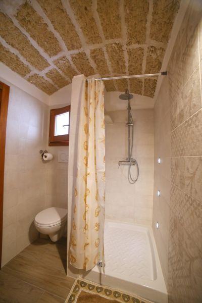 salle de bain Location Maison 105614 Pescoluse