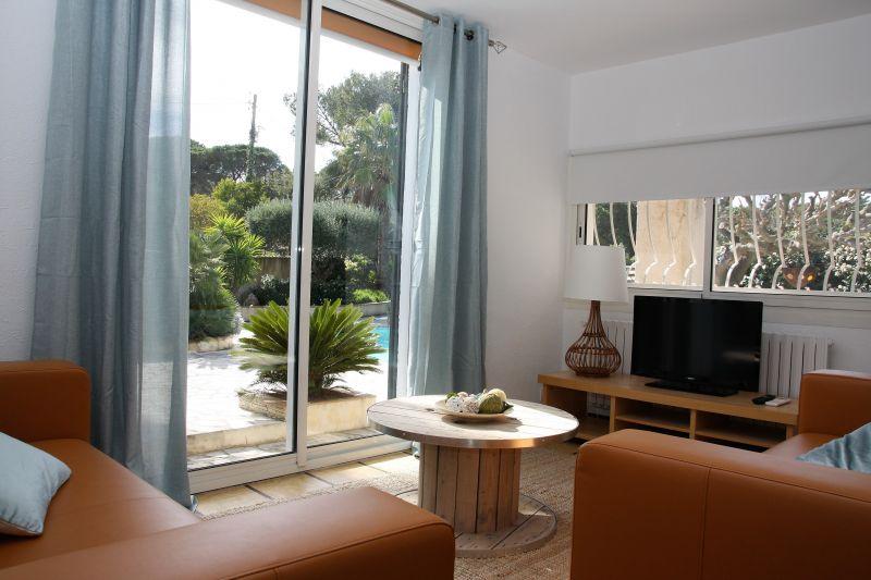 Séjour Location Appartement 108639 Le Pradet