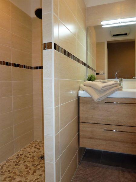 Salle d'eau Location Appartement 108639 Le Pradet